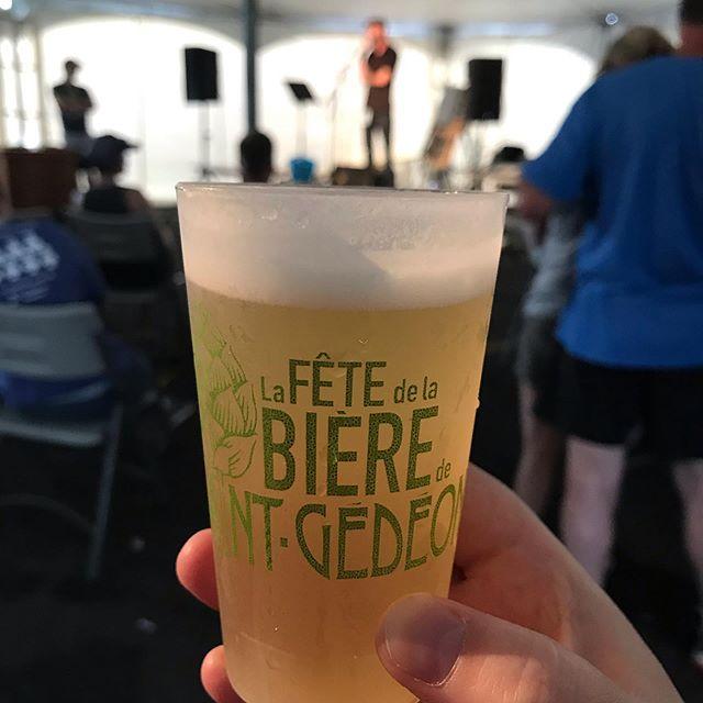 Vite! La fête de la bière de St-Gédéon organisé par @microdulac  ça fini ce soir! Plein de belles découvertes plutôt rares 😀#fetedelabiere #microbrasserie #tournéedesfestivals #microdulac