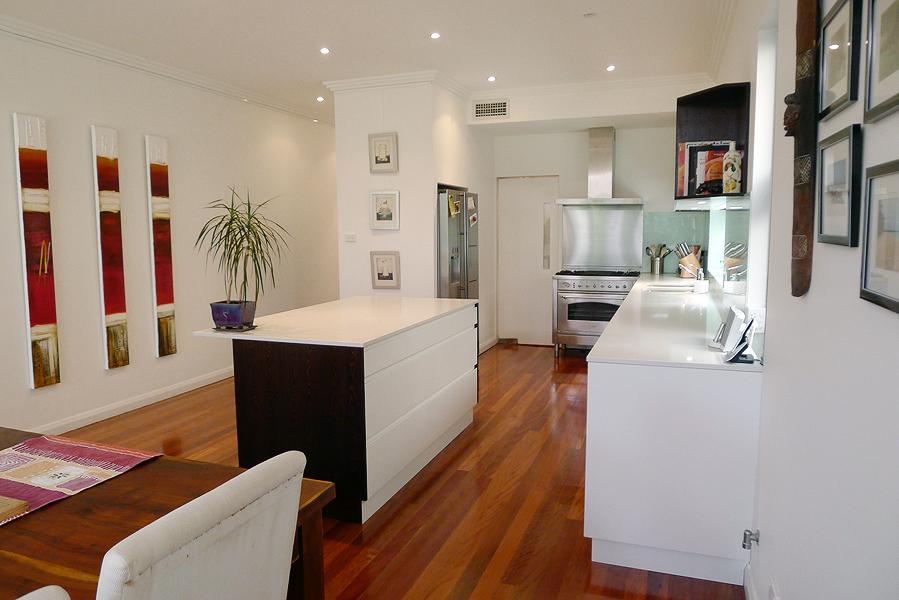 Intercity-Interiors-Kitchen-North-Bondi_02.jpg