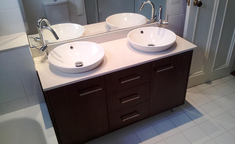 06A_Intercity-Interiors_Elizabeth-Bay-Apartment-Renovation_Bathroom.jpg
