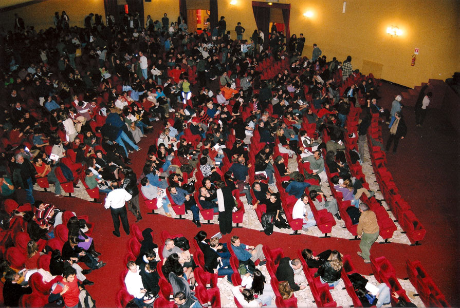 Artecinema 2003.02.jpg
