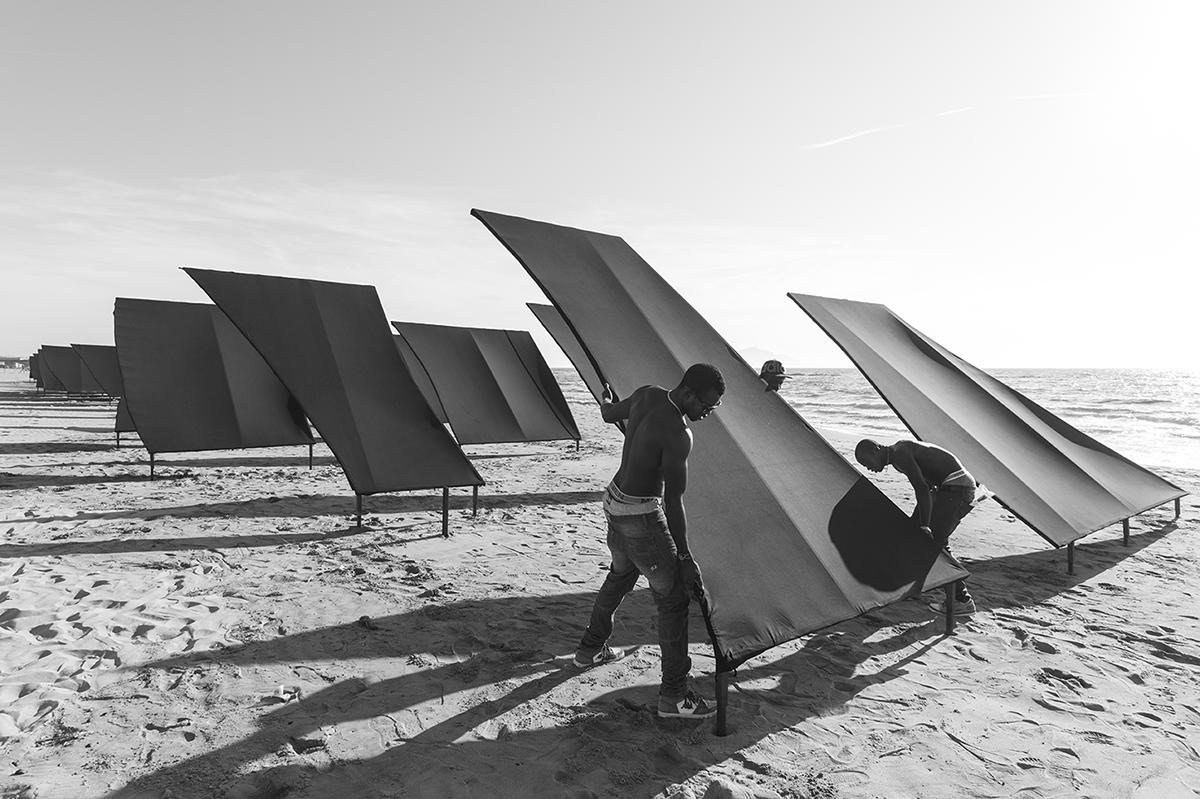 - La terra di Nessuno 100mx15m 2014 foto Luciano Romano.jpg