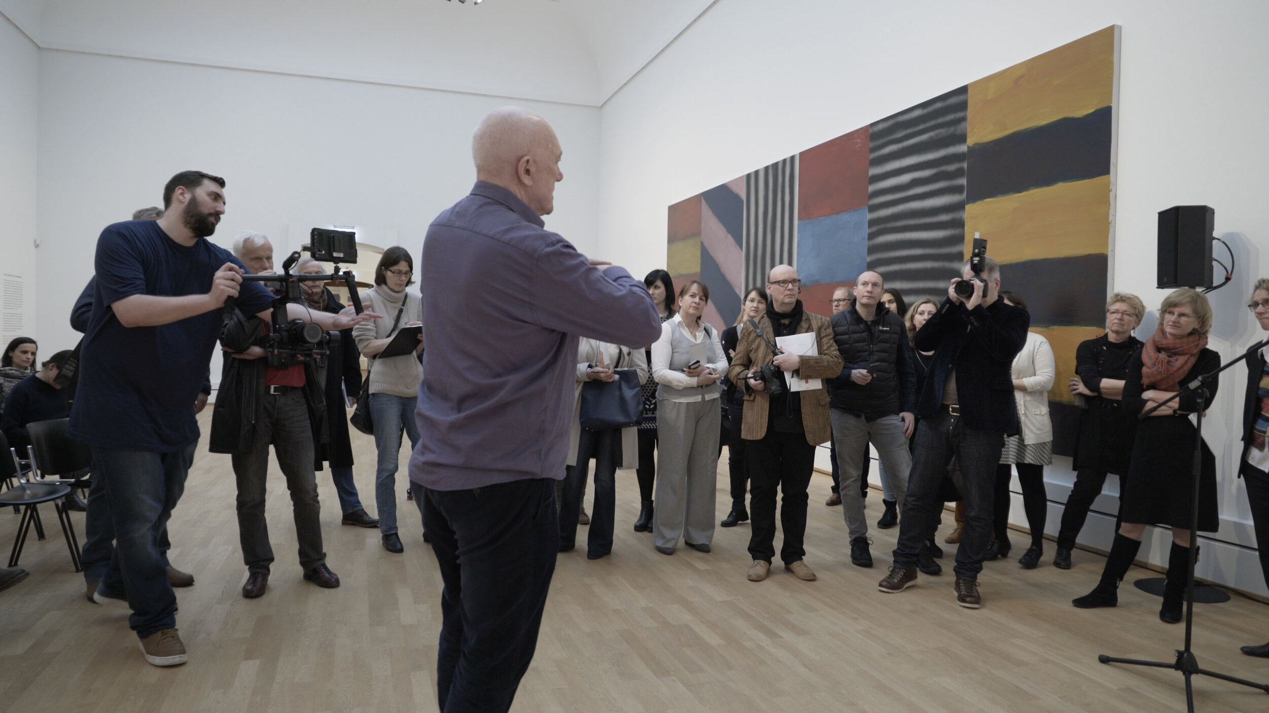 14 Scully talking to Press in Karlsruhe ©2018Nick Willing_1.jpg