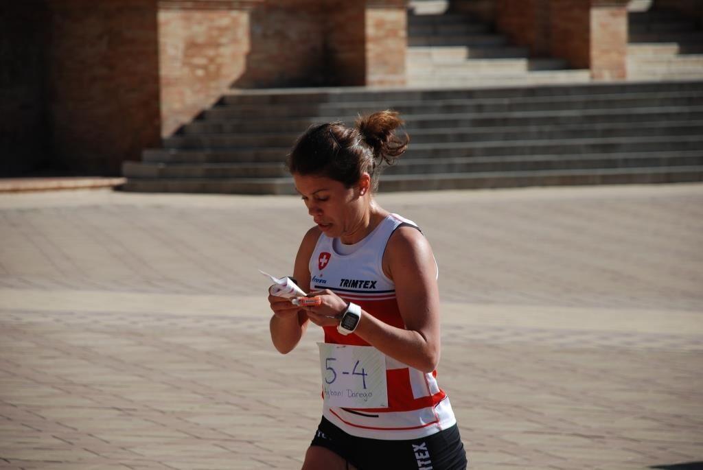 in azione alla sprint relay a Sevilla