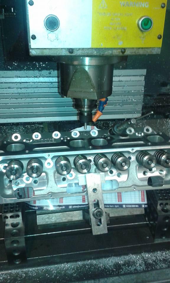 V8 engine 2.jpg