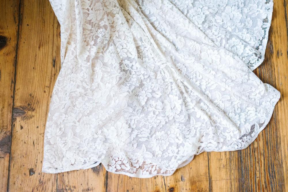 daalarna csipke menyasszonyi ruha sello.jpg