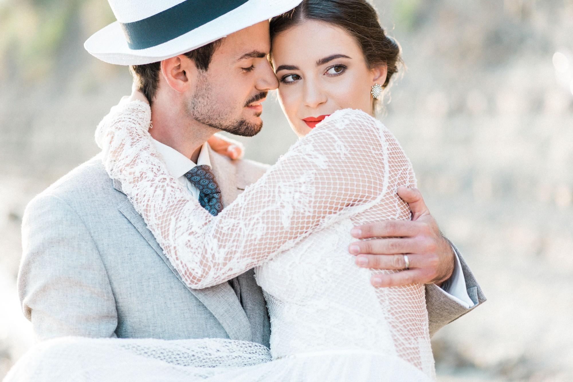 By the Sea styled shoot_Beloved weddings-75.jpg