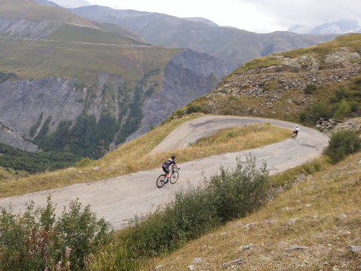 Switchbacks on the Sarenne