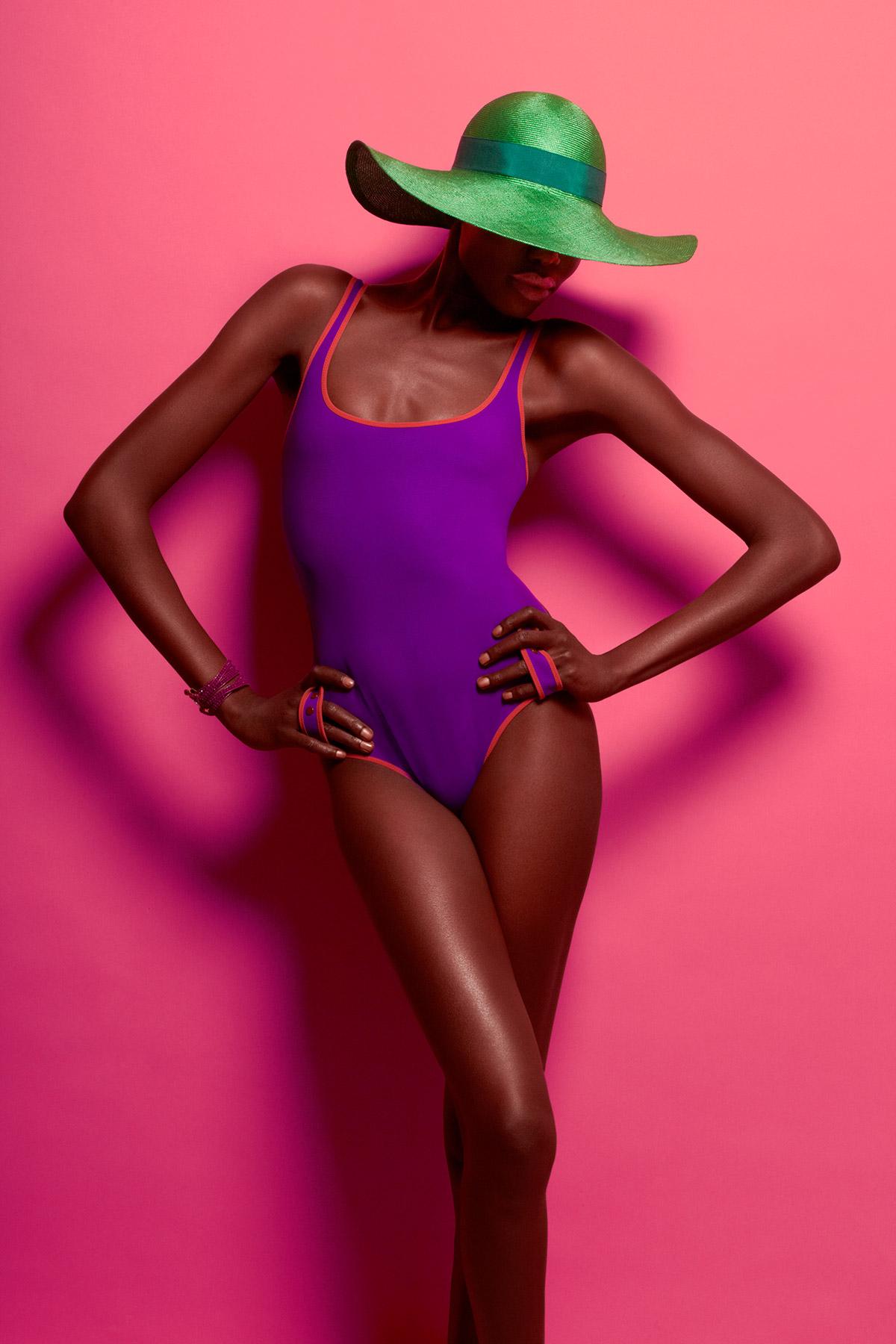 la_mag_bikini_001.jpg