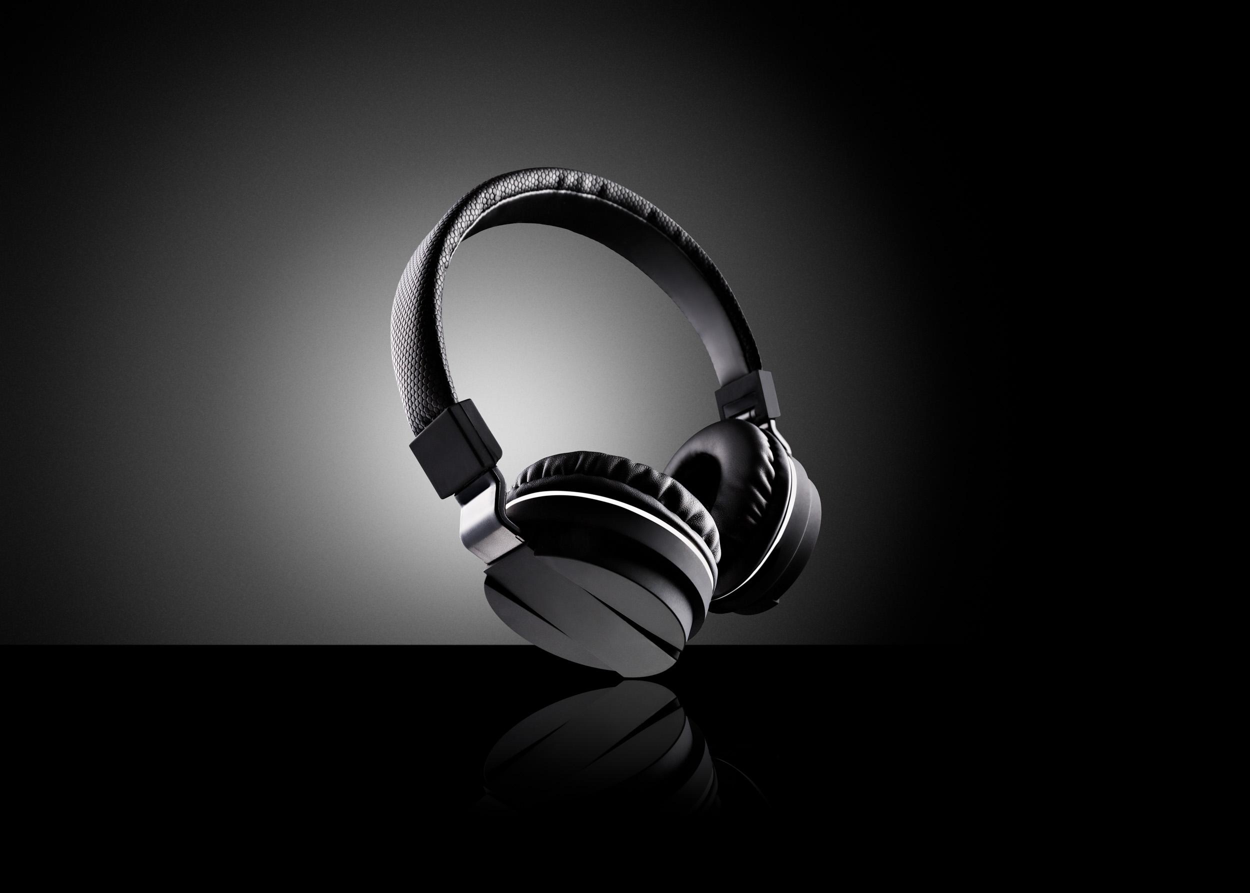 Neal Byrne Photography-Headphones.jpg