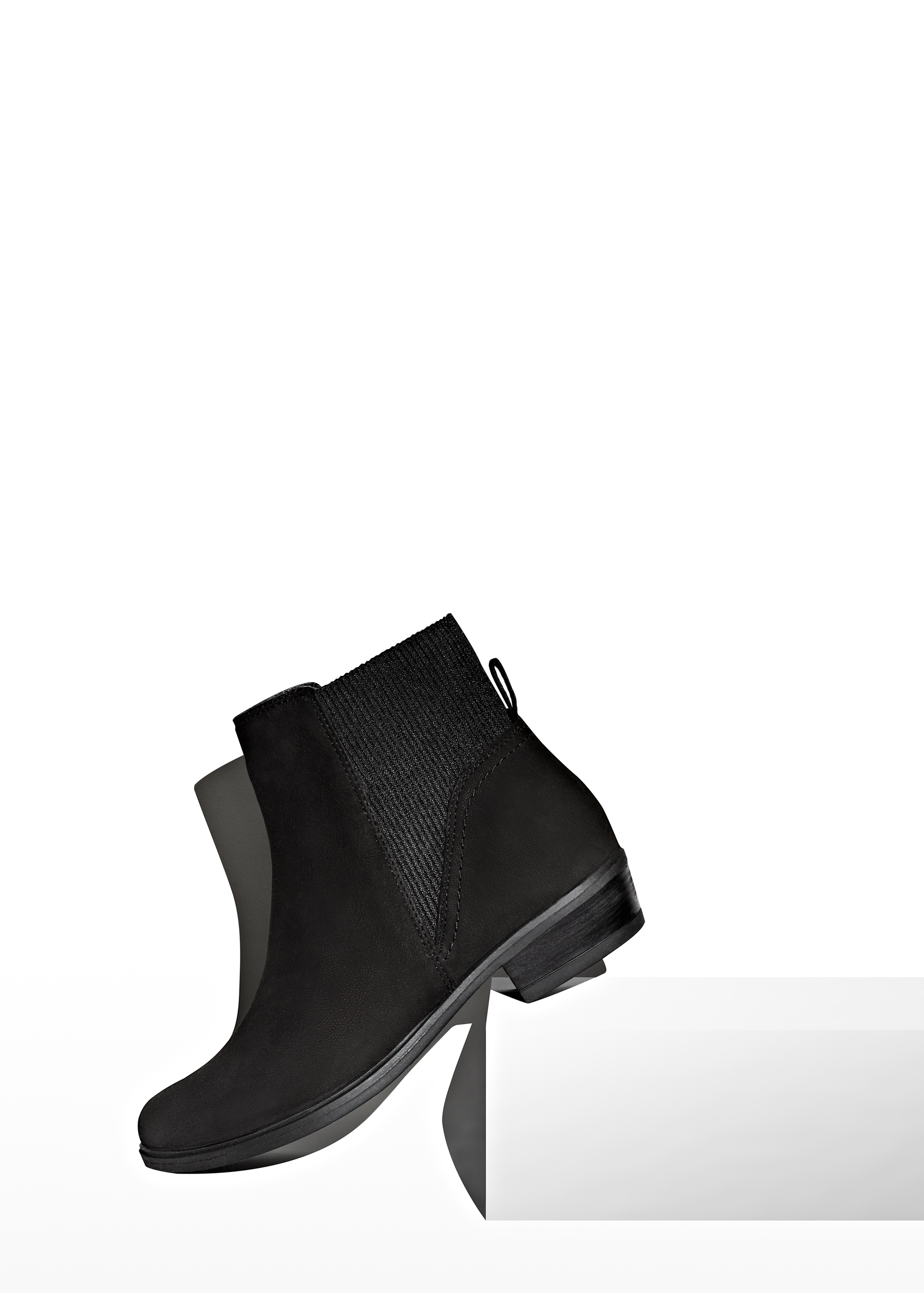 Neal Byrne Photography-Schuh Ladies Boot.jpg