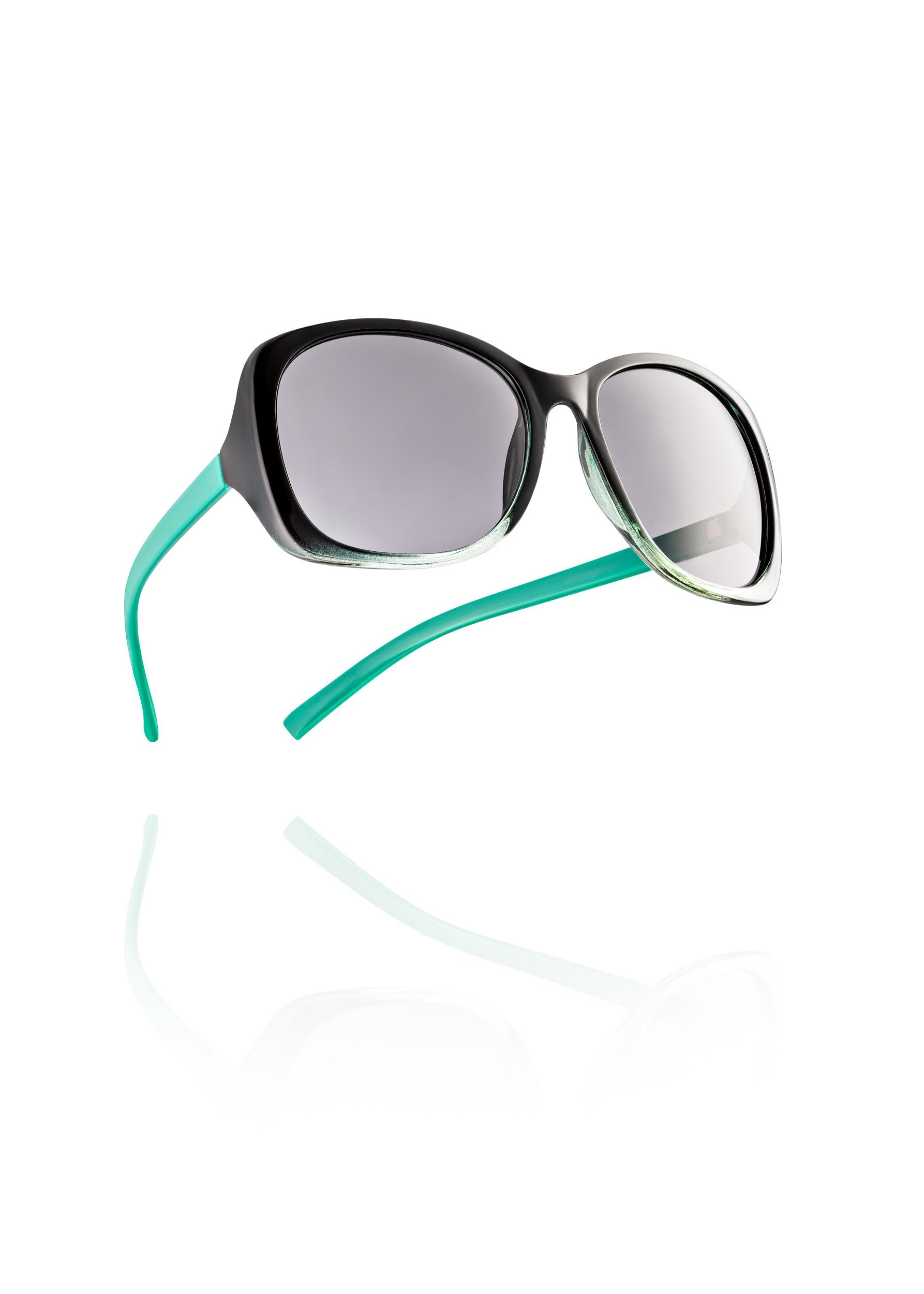 Neal Byrne Photography-Glasses Float Comp.jpg