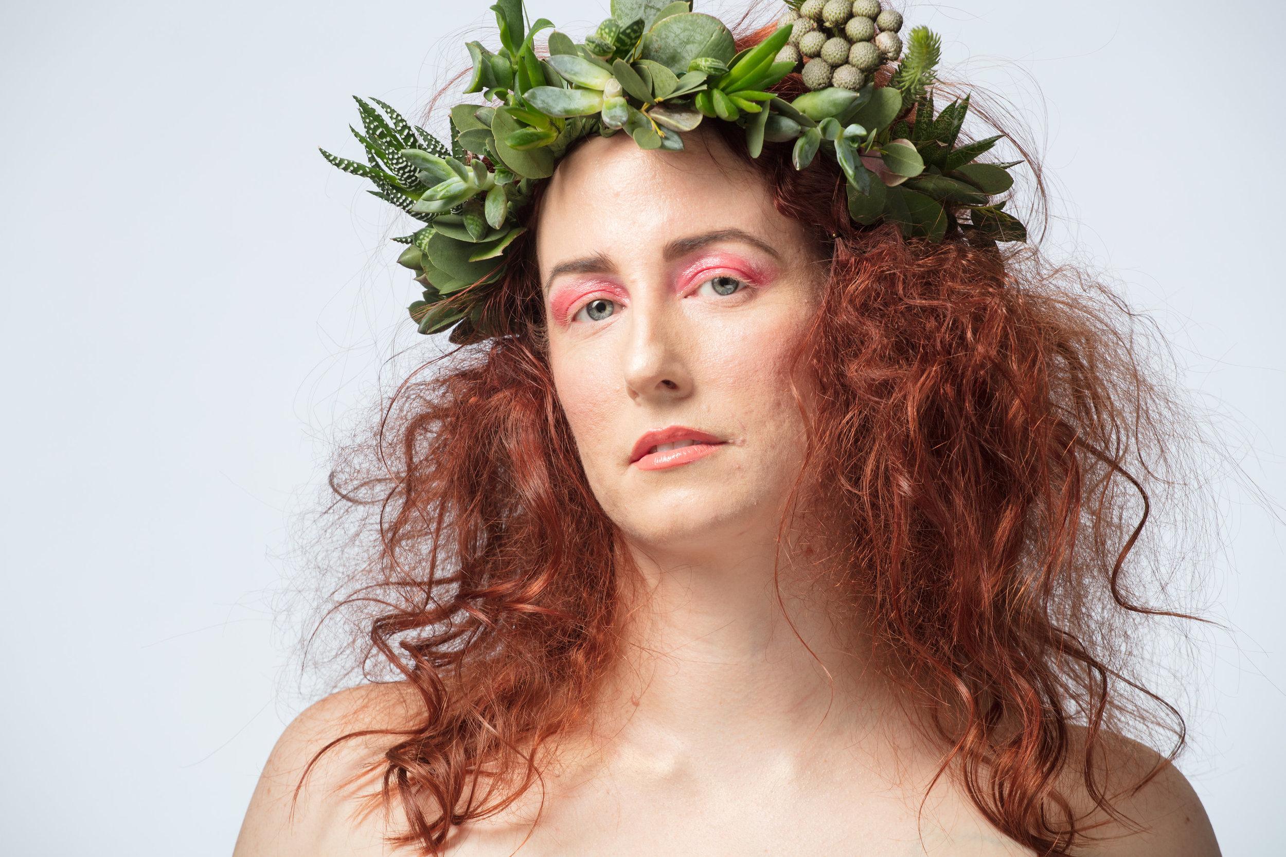 Model' Erin Popadynetz @vancouverin  Photographer: Rob Trendiak @trendiphotography  Flower Crown: @conceptfloral