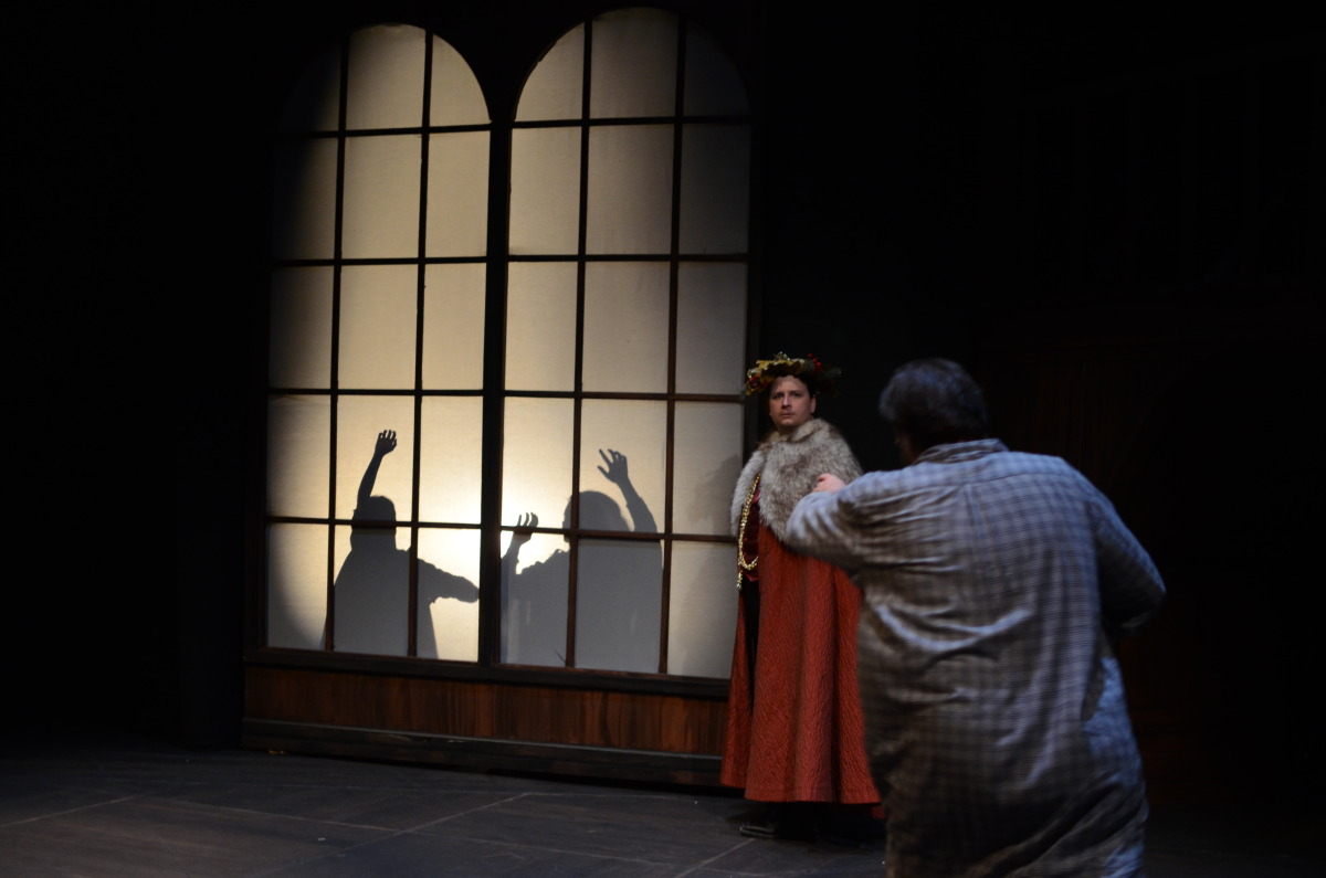 John T. Smith and Jeffrey Baumgartner in A Christmas Carol (2013). Bettencourt Chase Photography.