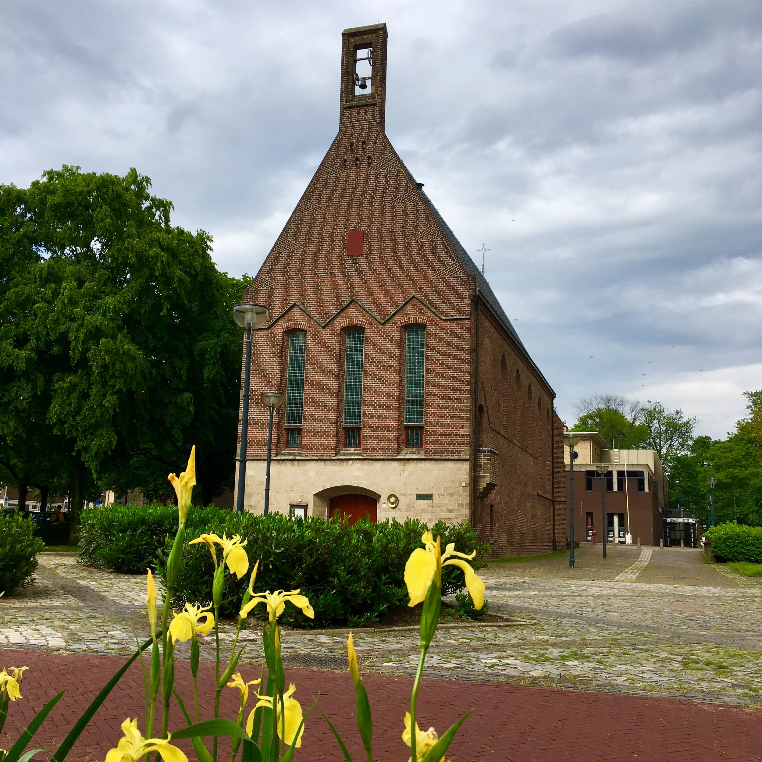 Waalse Kerk in Arnhem (achter de schouwburg).