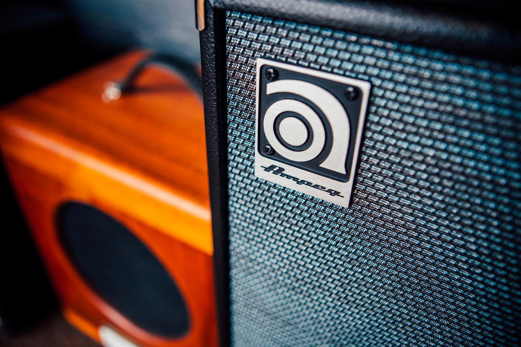 Gravity Studios Bass Amp Ampeg.jpg