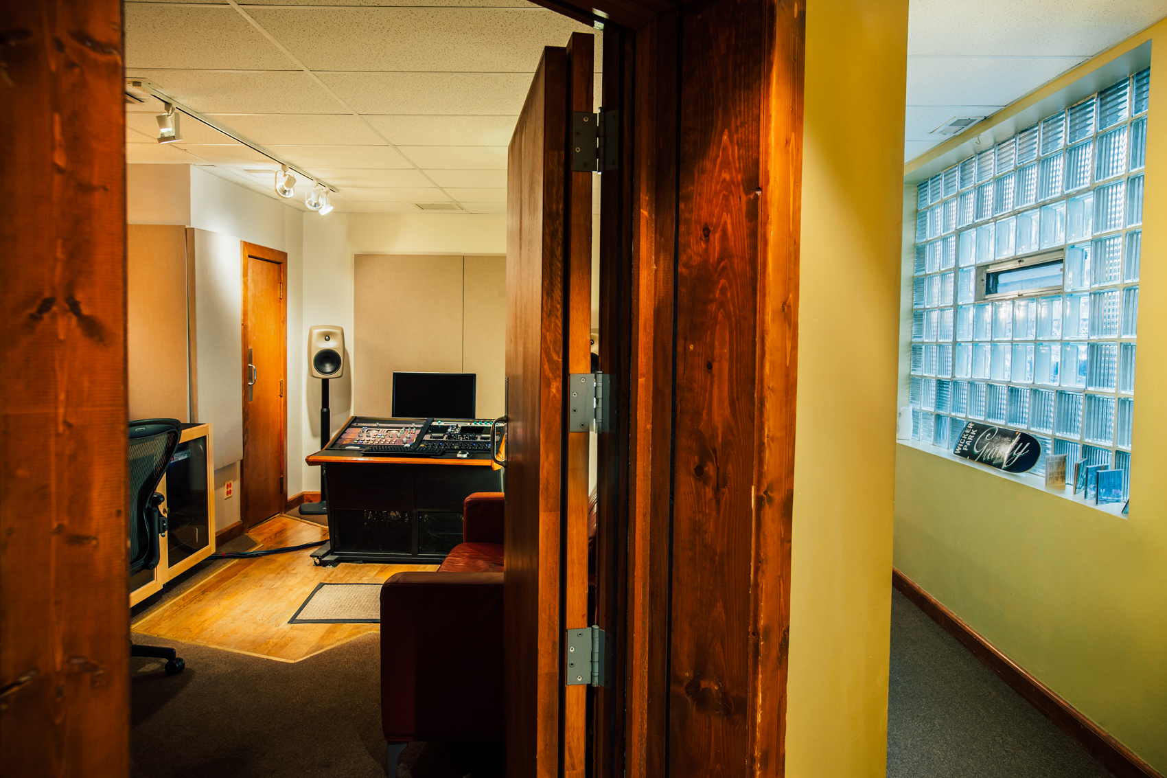 Gravity Studios Studio B Entrance 2.jpg