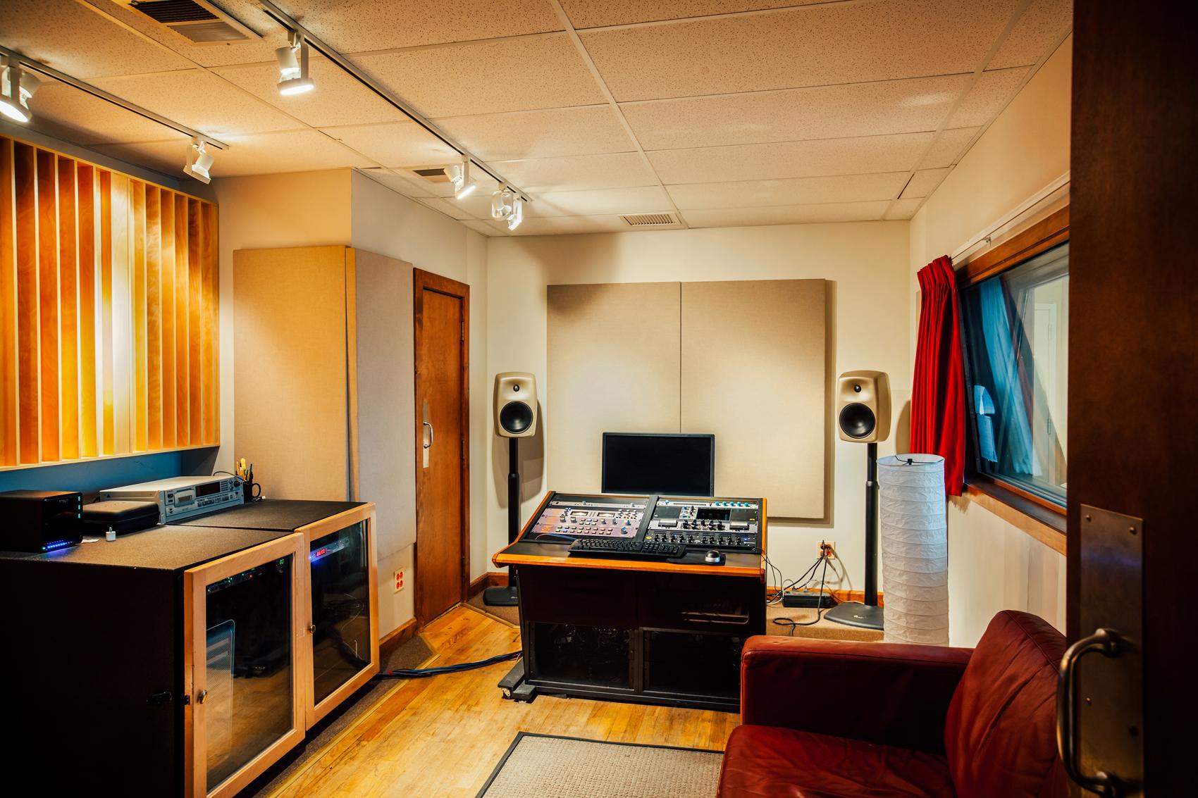 Gravity Studios Studio B Entrance.jpg