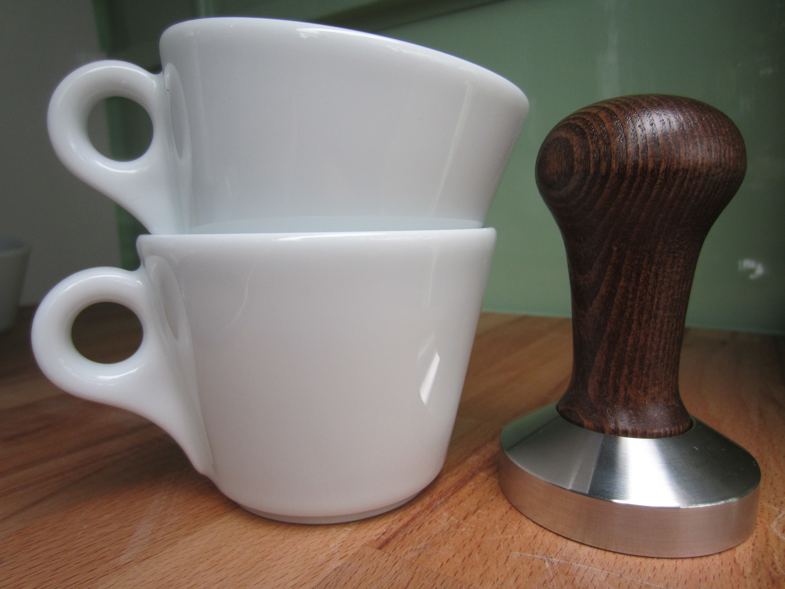 tamper and cups