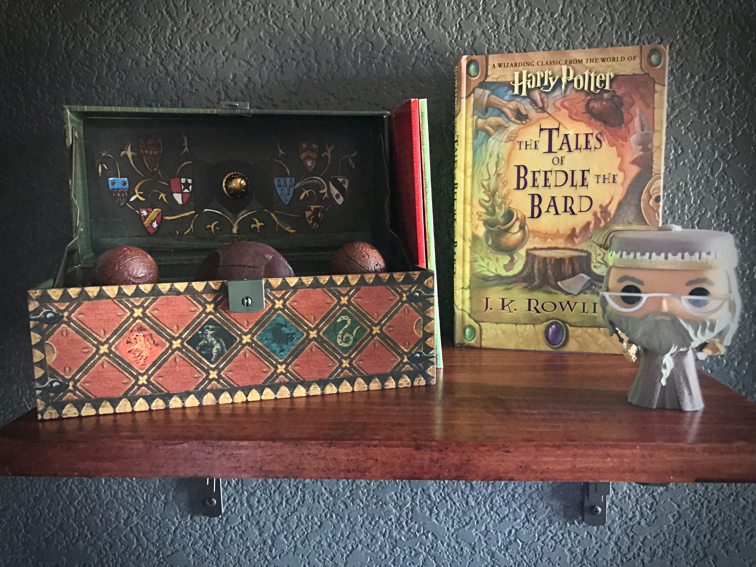 Harry Potter Toddler Room - Dumbledore Quidditch Beedle the Bard