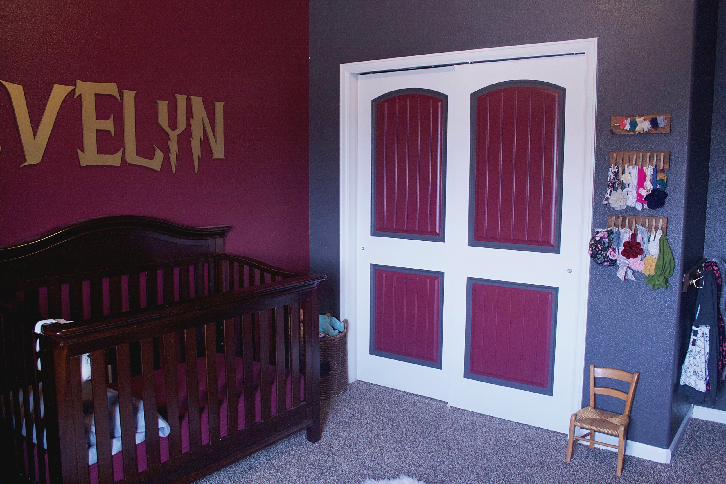 Harry Potter Toddler Room - Evelyn Crib Closet Doors