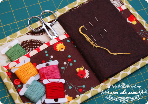Sew She Sews Needle Book Tutorial on Peonies and Cream - DIY gifts