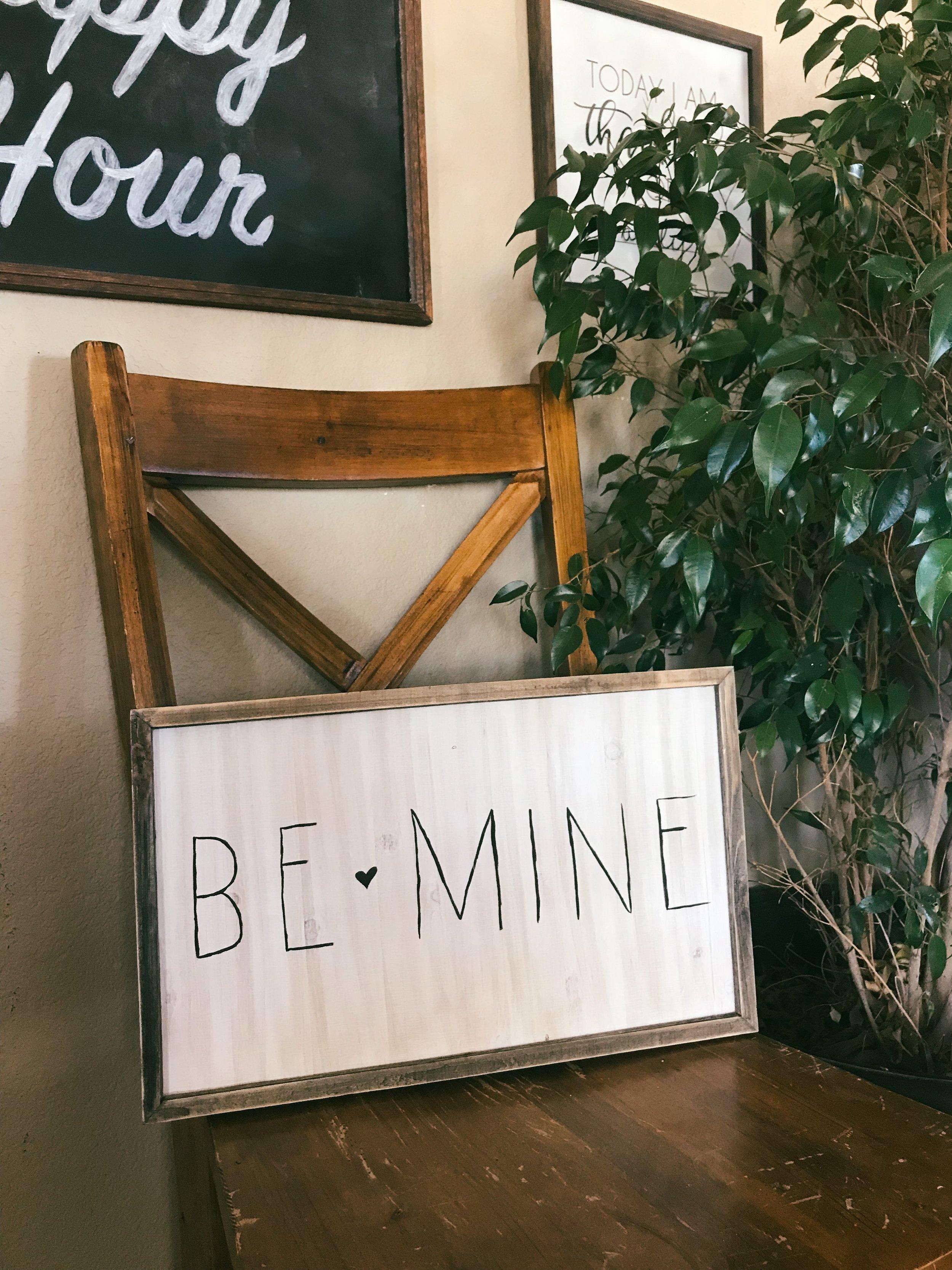 DIY Valentine's Day sign | Peonies and Cream