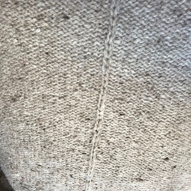Day 24 | Texture⠀ ⠀ I have spent about 7 years knitting that I've never been a big fan of the look of garter stitch.⠀ ⠀ But I have to say that I think @dreareneeknits has turned me around on this texture and after knitting my #weekendersweater I have an all new appreciation for it!⠀ ⠀ #fiberuary #fiberuarychallenge #knit #knitter #knitgram #knitstagram #knittersofinstagram #makersgonnamake #makersofinstagram #makersmovement