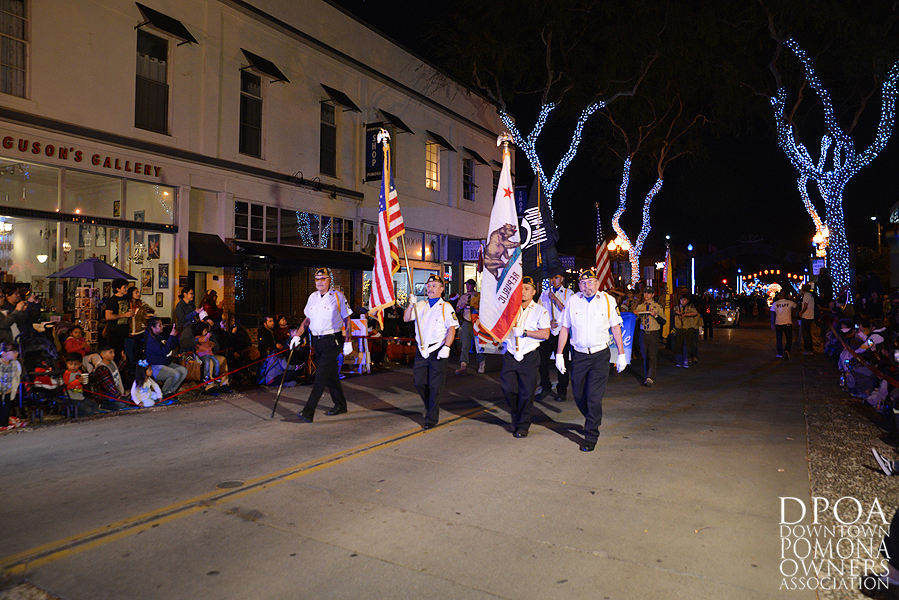 Pomona Christmas Parade 2017DSC_8293 copy.jpg