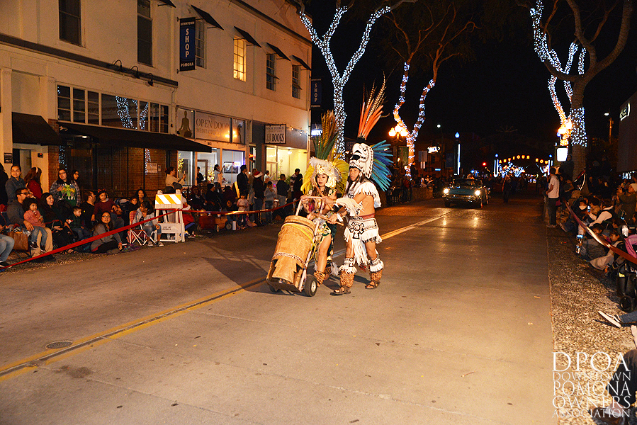 Pomona Christmas Parade 2017DSC_8320 copy.jpg