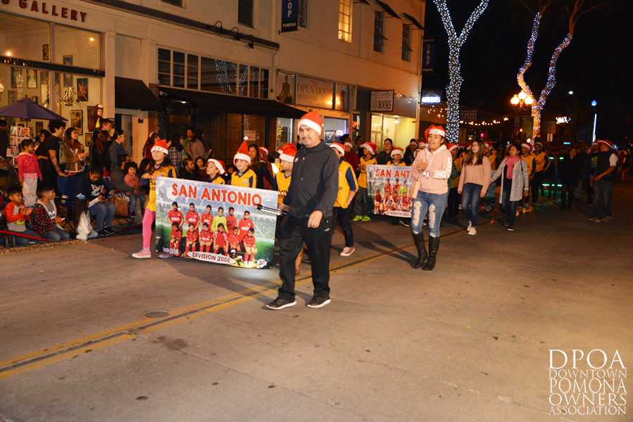 Pomona Christmas Parade 2017DSC_8336 copy.jpg
