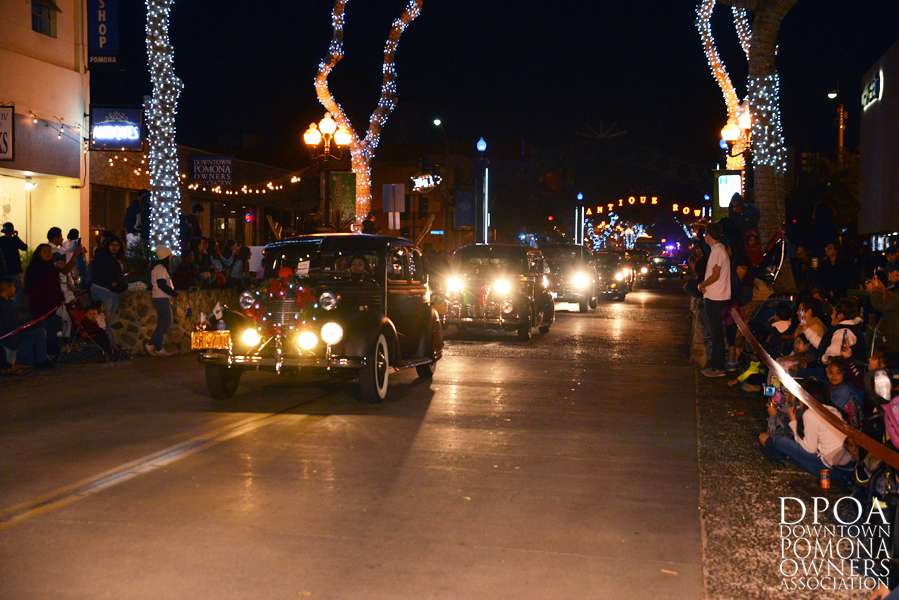 Pomona Christmas Parade 2017DSC_8370 copy.jpg