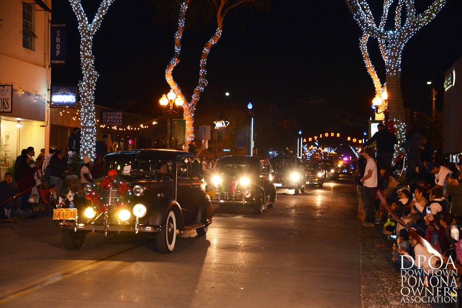 Pomona Christmas Parade 2017DSC_8371 copy.jpg