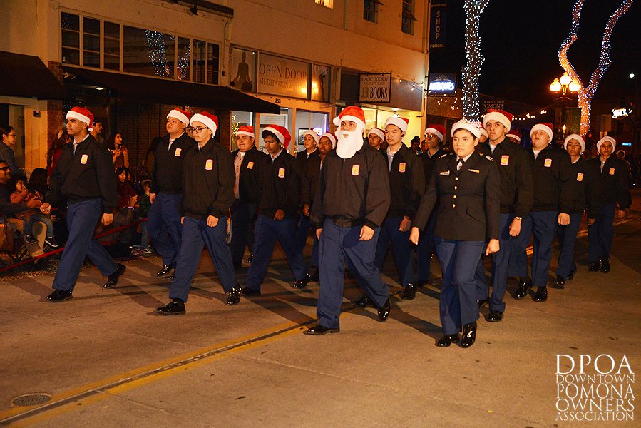 Pomona Christmas Parade 2017DSC_8414 copy.jpg