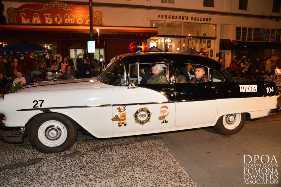 Pomona Christmas Parade 2017DSC_8421 copy.jpg