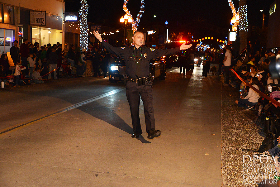 Pomona Christmas Parade 2017DSC_8427 copy.jpg