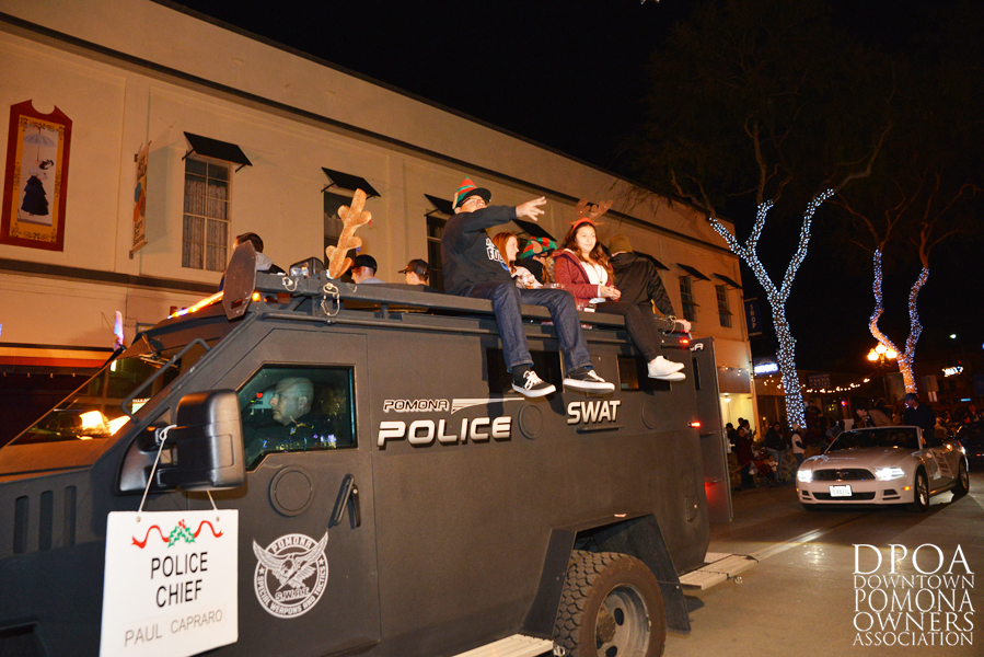 Pomona Christmas Parade 2017DSC_8440 copy.jpg