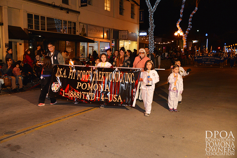 Pomona Christmas Parade 2017DSC_8451 copy.jpg