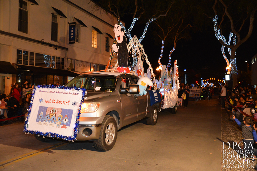 Pomona Christmas Parade 2017DSC_8476 copy.jpg