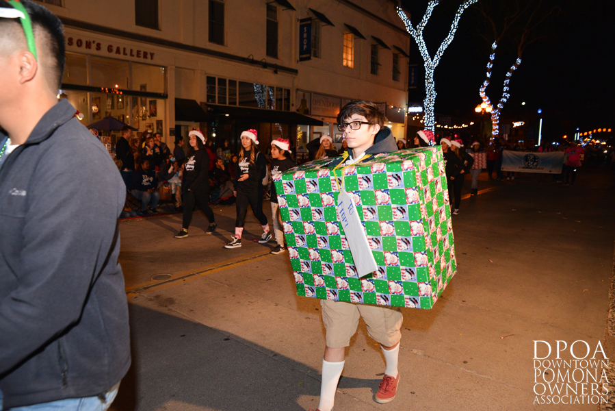 Pomona Christmas Parade 2017DSC_8525 copy.jpg