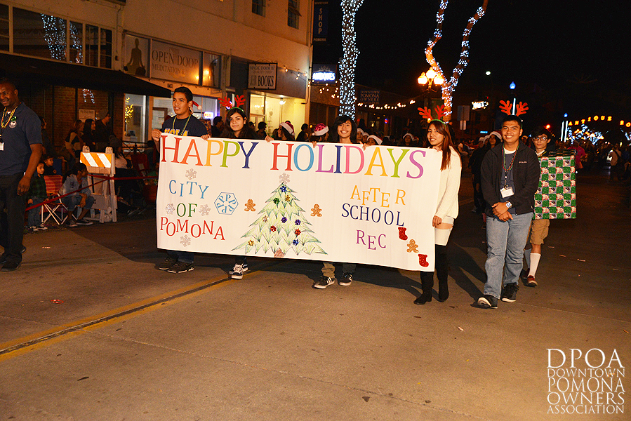Pomona Christmas Parade 2017DSC_8524 copy.jpg