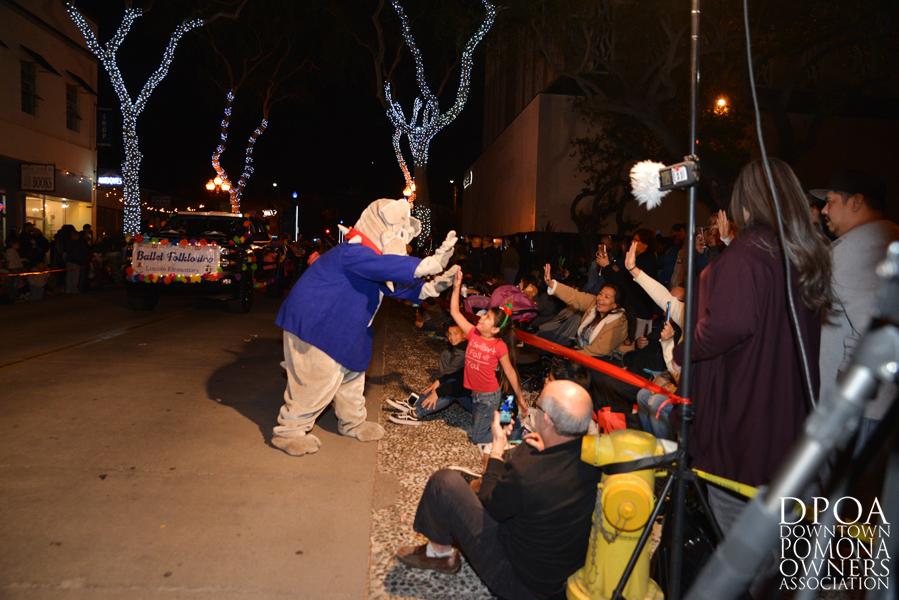 Pomona Christmas Parade 2017DSC_8560.jpg