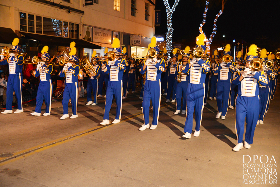 Pomona Christmas Parade 2017DSC_8613 copy.jpg
