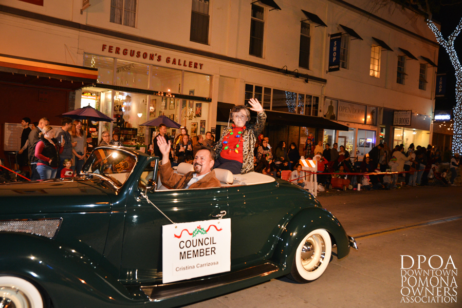 Pomona Christmas Parade 2017DSC_8621 copy.jpg