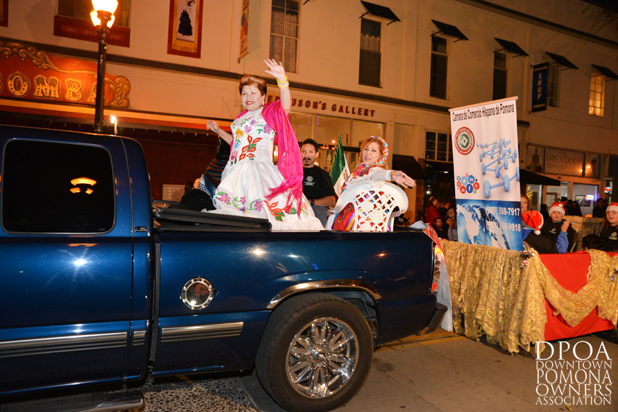 Pomona Christmas Parade 2017DSC_8666 copy.jpg