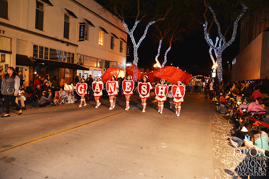Pomona Christmas Parade 2017DSC_8671 copy.jpg
