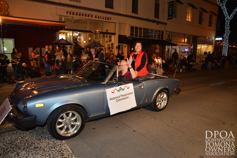 Pomona Christmas Parade 2017DSC_8694 copy.jpg