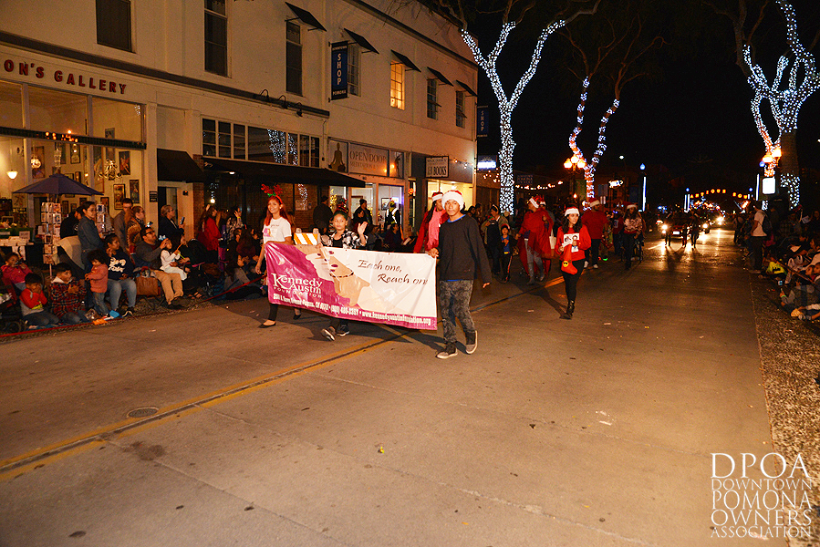 Pomona Christmas Parade 2017DSC_8695 copy.jpg
