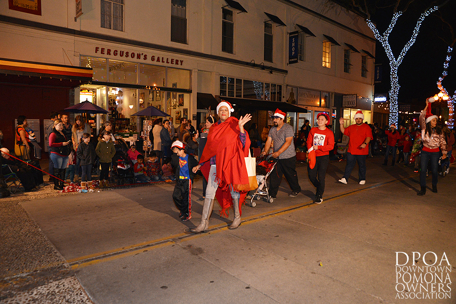 Pomona Christmas Parade 2017DSC_8697 copy.jpg