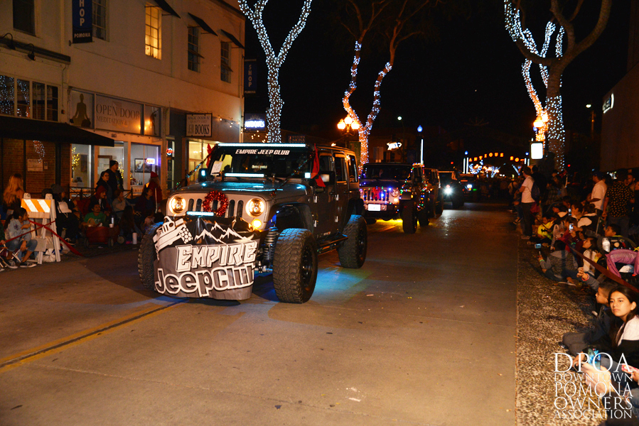 Pomona Christmas Parade 2017DSC_8705 copy.jpg