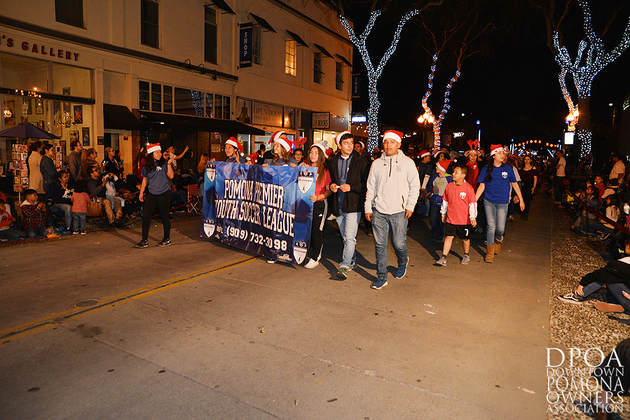 Pomona Christmas Parade 2017DSC_8709 copy.jpg